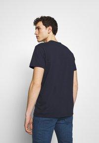 CLOSED - Basic T-shirt - dark night - 2