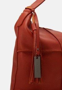 SURI FREY - AMEY - Tote bag - orange - 3