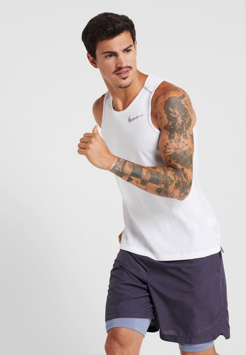 Nike Performance - DRY MILER TANK - Camiseta de deporte - white/vast grey/reflective silver
