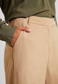 YAS - YASLAURA PANT - Trousers - caramel café - 5