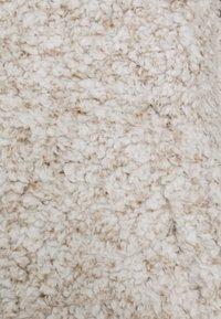 New Look Curves - ZIP - Fleece jumper - light grey - 2