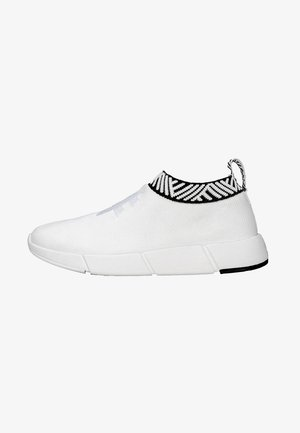 WATERPROOF COFFEE SNEAKERS - Trainers - classic white