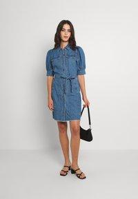 ONLY - ONLGERDA BELT DRESS - Dongerikjole - dark blue denim - 1