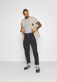 G-Star - DRONER RELAXED TAPERED PANT - Cargobroek - sartho blue wave - 1