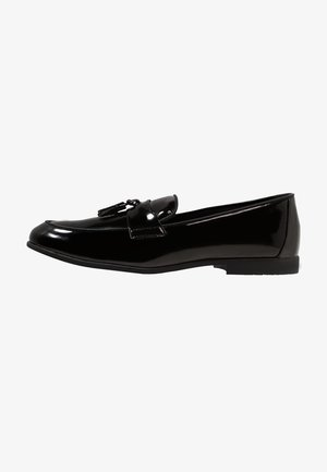 PRINCE PATENT LOAFER - Mocasines - black