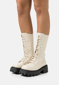Topshop - KANA LACE UP BOOT - Lace-up boots - offwhite - 0