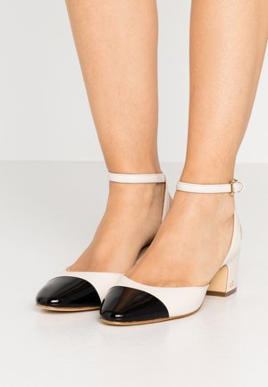 BRIE CLOSED TOE - Classic heels - light cream/black
