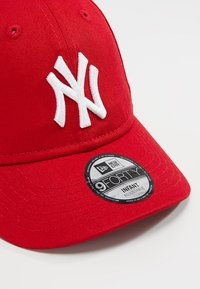 New Era - BABY MY FIRST 9FORTY BABY NEW YORK YANKEES - Gorra - scarlet - 2