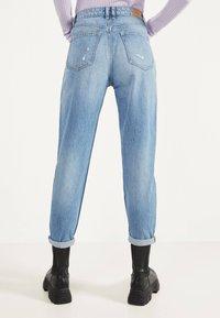Bershka - MOM - Straight leg jeans - light blue - 2