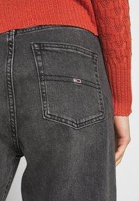 Tommy Jeans - HARPER - Straight leg jeans - black denim - 3