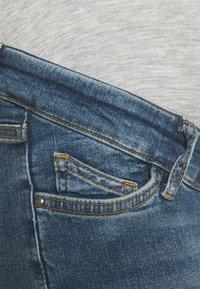 MAMALICIOUS - MLKANSAS  - Jeans Slim Fit - medium blue denim - 2
