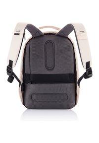 XD Design - BOBBY HERO SMALL - ANTI-THEFT - Rucksack - peach - 1