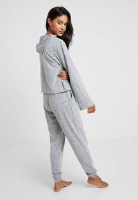 Zalando Essentials - Pyžamová sada - grey - 2