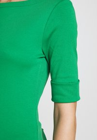Lauren Ralph Lauren - Triko spotiskem - hedge green - 6