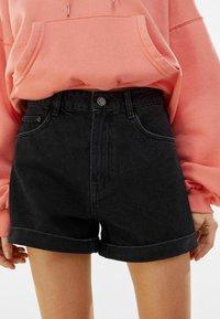 Bershka - Szorty jeansowe - black - 3