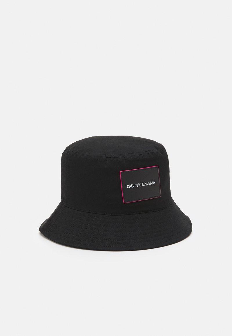 Calvin Klein Jeans - SPORT ESSENTIALS BUCKET - Hat - black