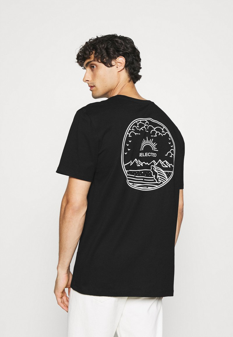 Selected Homme - SLHRELAXEDMILO ONECK TEE - Print T-shirt - black