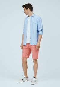 Pepe Jeans - Shorts - pink - 1