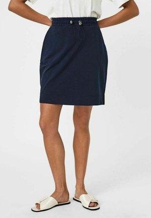 A-line skirt - navy blazer