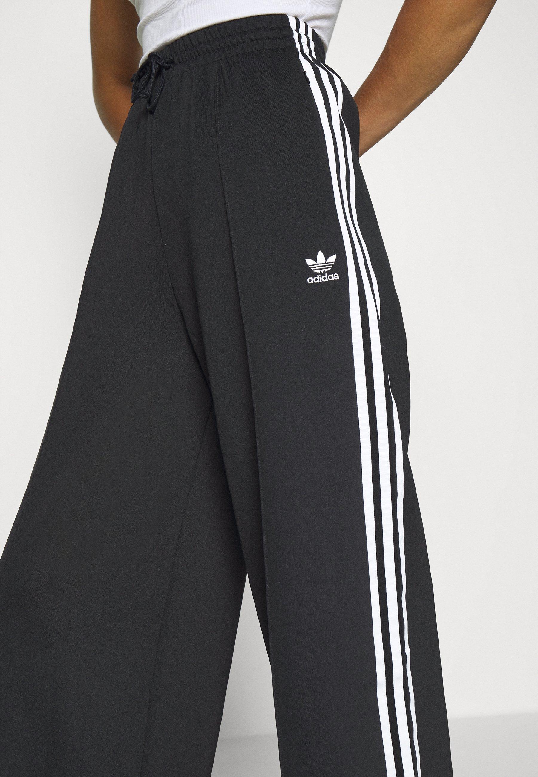 adidas Originals RELAXED PANT  - Pantalon de survêtement - black - Pantalons & Leggings Femme IDVMz