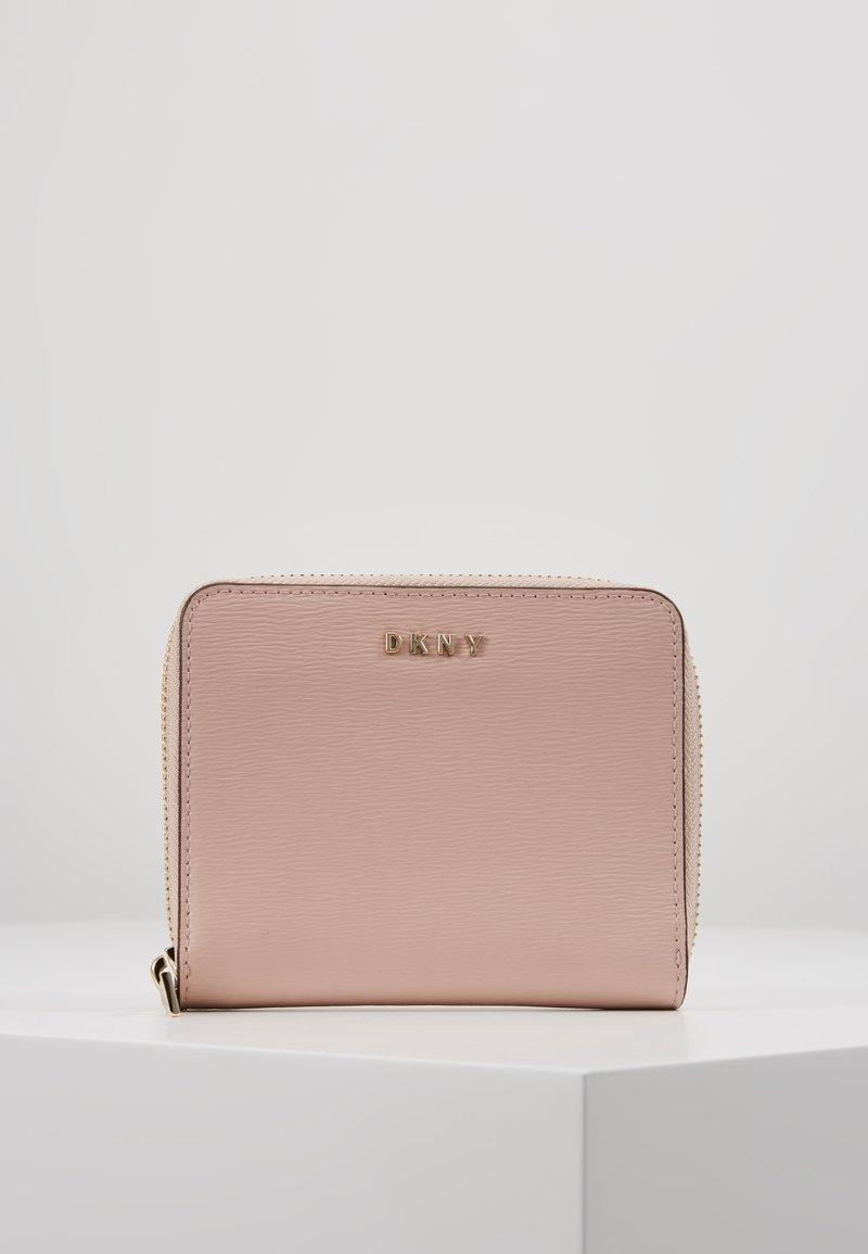 DKNY - BRYANT ZIP AROUND - Peněženka - pink