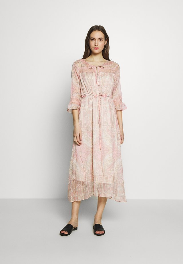 JOHANNA DRESS - Shirt dress - spring pink