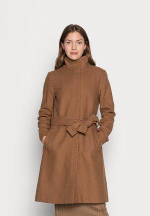 CILJA CREW COAT - Klasický kabát - camel