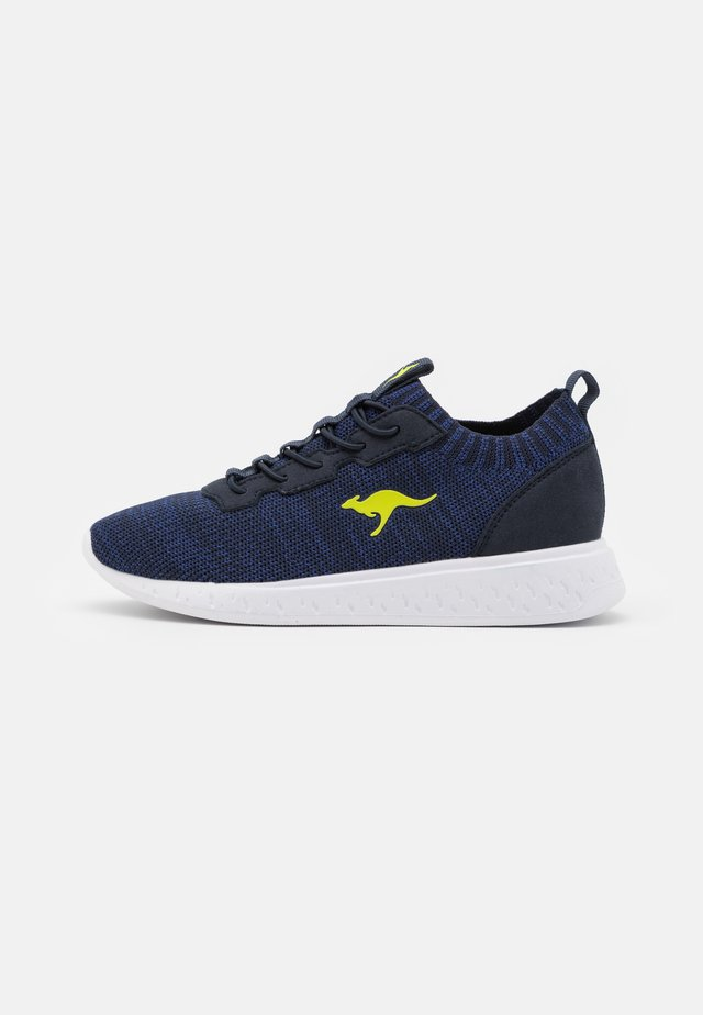 K-ACT STASH - Sneakers laag - dark navy/lime