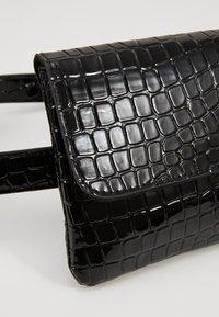 Vero Moda - Bum bag - black - 6