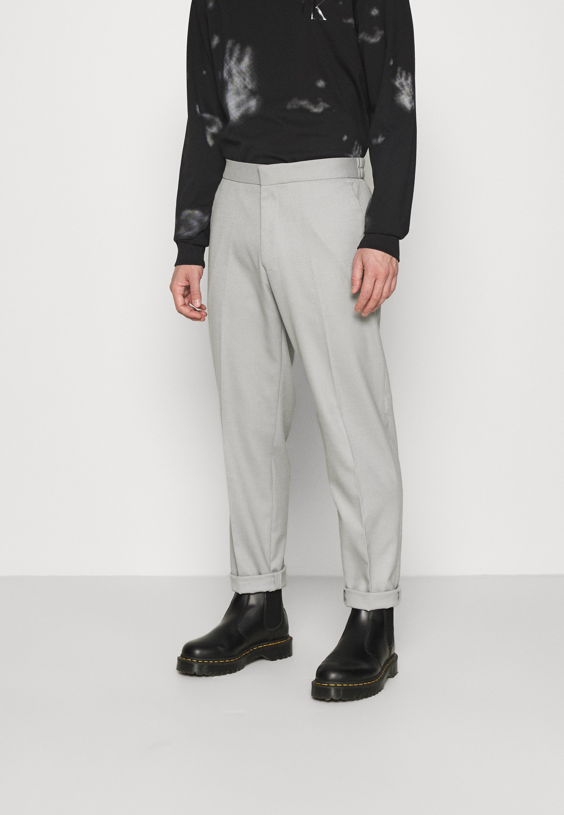 Men GRY PRONOUNCED RELAXED - Trousers