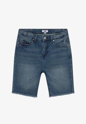 TEEN CLASSIC - Szorty jeansowe - mid blue