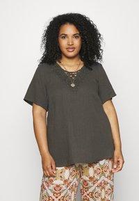 Zizzi - VVIVU BLOUSE - Print T-shirt - khaki - 0