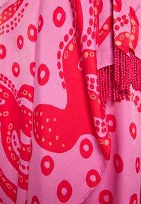 Farm Rio - OCTOCOOL WRAP DRESS - Day dress - red - 2