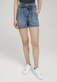 TOM TAILOR DENIM - Denim shorts - used light stone blue denim - 3