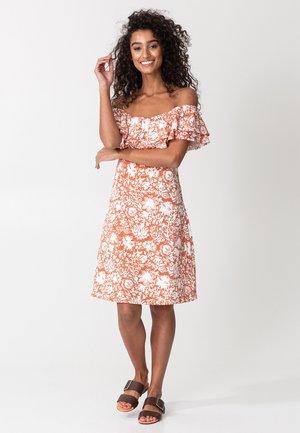 DANNI - Denní šaty - orange