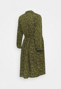 MAMALICIOUS - MLLEVETTA LIA DRESS - Korte jurk - olivine - 1