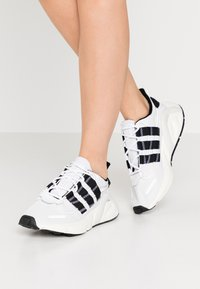 adidas Originals - LXCON  - Trainers - footwear white/core black/crystal white - 3