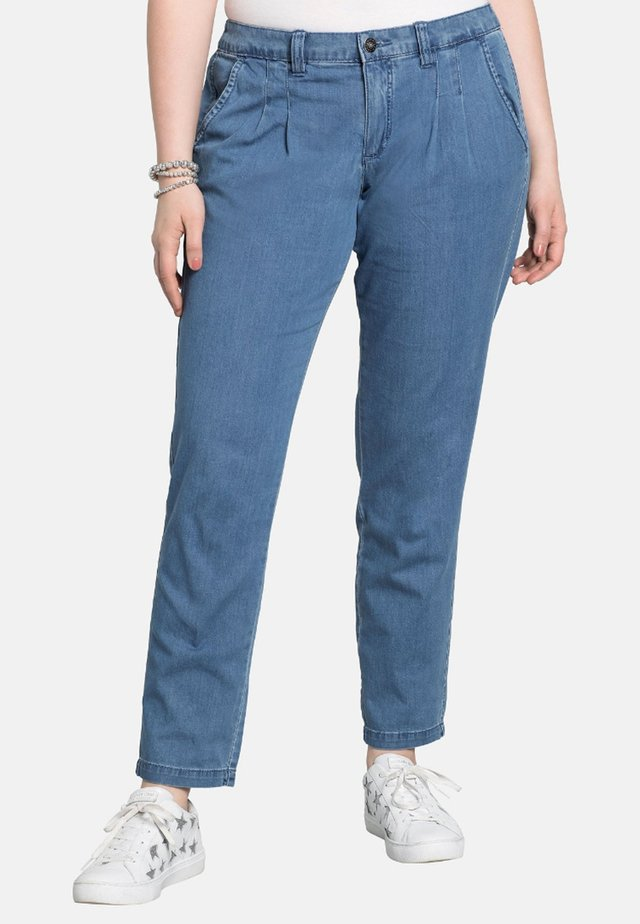 Chino - light blue denim