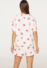 OYSHO - WATERMELON SHORT-SLEEVED T-SHIRT 30259786 - Pyjama top - white - 1