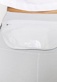 The North Face - ACTIVE TRAIL HIGH RISE WAIST PACK - Leggings - tin grey - 4