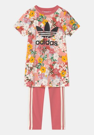 SST SET HER LONDON ALL OVER PRINT PRIMEGREEN ORIGINALS TRACKSUIT - Triko s potiskem - trace pink/black/hazy rose/cream white