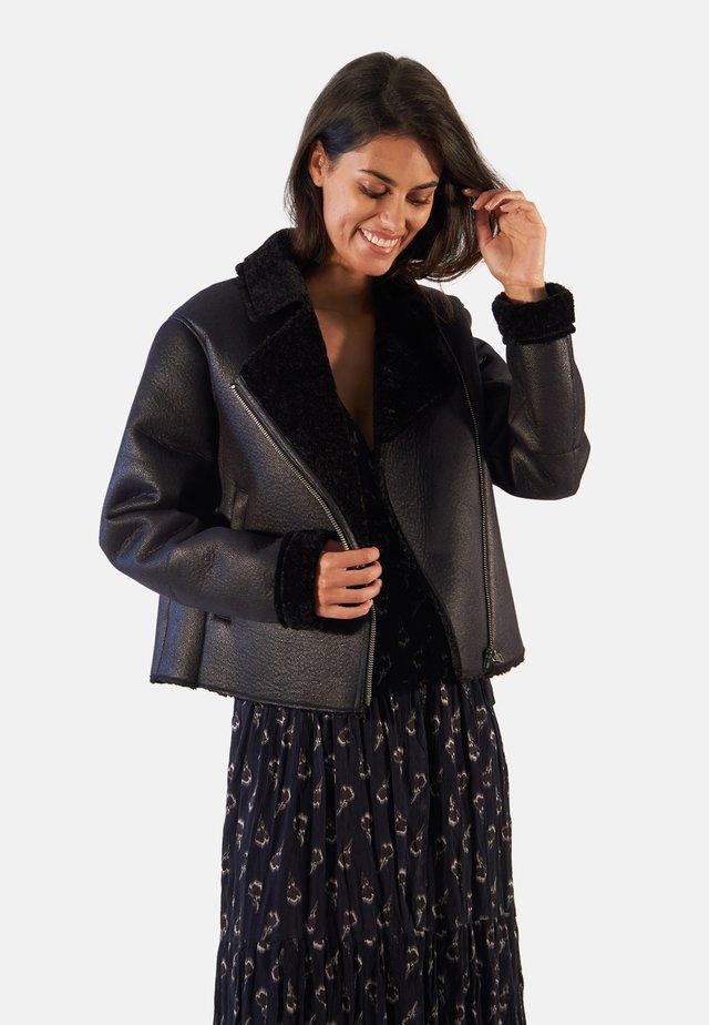 OLGA - Light jacket - black