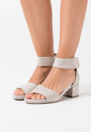 Sandály - light grey
