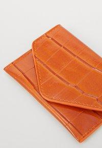 HVISK - WALLETS - Wallet - caramel - 2