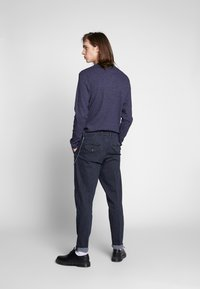 Jack & Jones - JJIACE JJMILTON  - Trousers - dark navy - 2