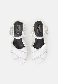 Liu Jo Jeans - BELLA WEDGE - Kiilakorkosandaali - white - 5