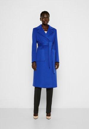 RUNAWAY - Classic coat - cornflower blue