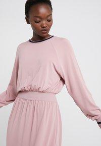 M Missoni - ABITO - Robe en jersey - light pink - 3