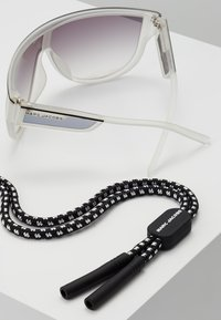 Marc Jacobs - Sluneční brýle - crystal - 5