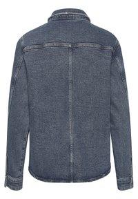 My Essential Wardrobe - Button-down blouse - medium blue retro wash - 5